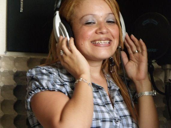 Yani Donis - Exaltando a Dios.
