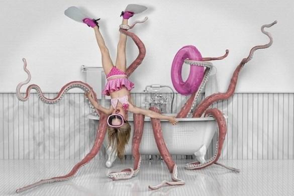 Ñina atrapada por pulpo en la bañera