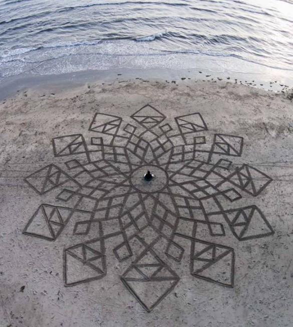 Increíbles dibujos en la orilla de la playa 3