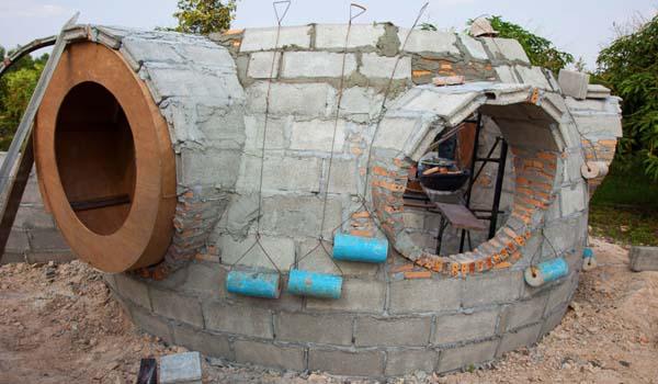 Cómo construir una casa con poco dinero | Dios Es Bueno