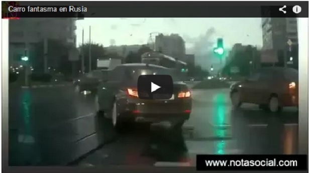 Carro fantasma en Rusia VIDEO