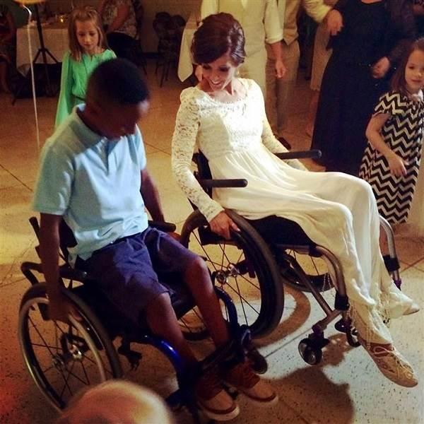 Después de trágico accidente, ésta mujer vuelve a caminar para su boda 6