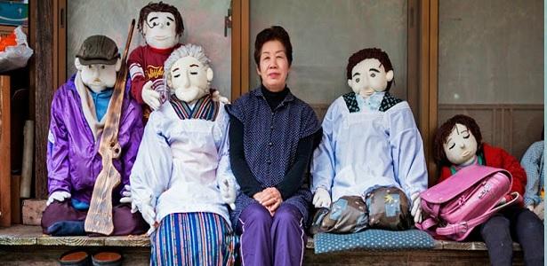 Un pueblo habitado solo por muñecos ¡ESCALOFRIANTE!