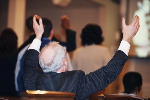 ¿QUE TE MOTIVA A CONGREGARTE EN UNA IGLESIA?