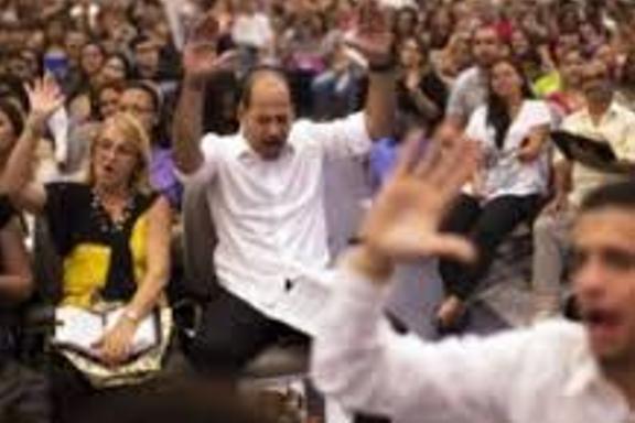 Miles de haitianos se convirtieron a Cristo en un evento evangelístico