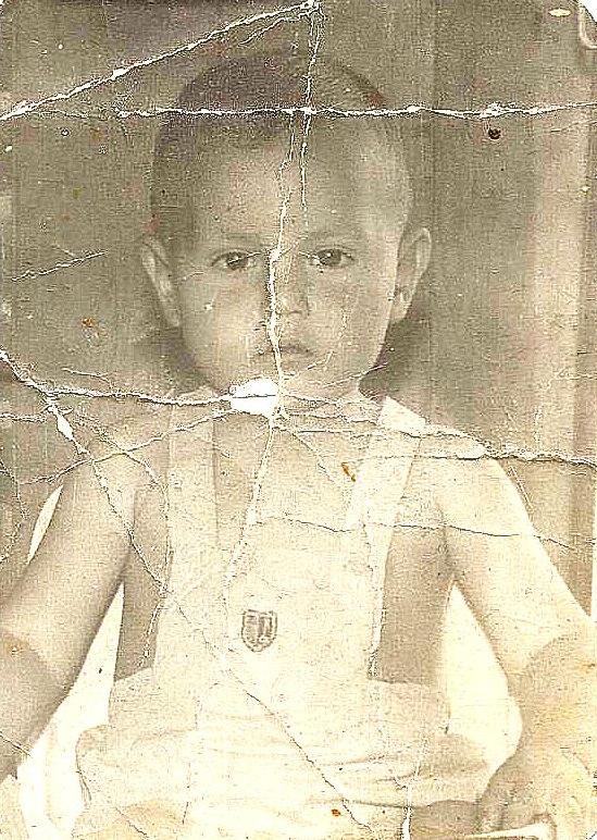 hermes de un año de edad