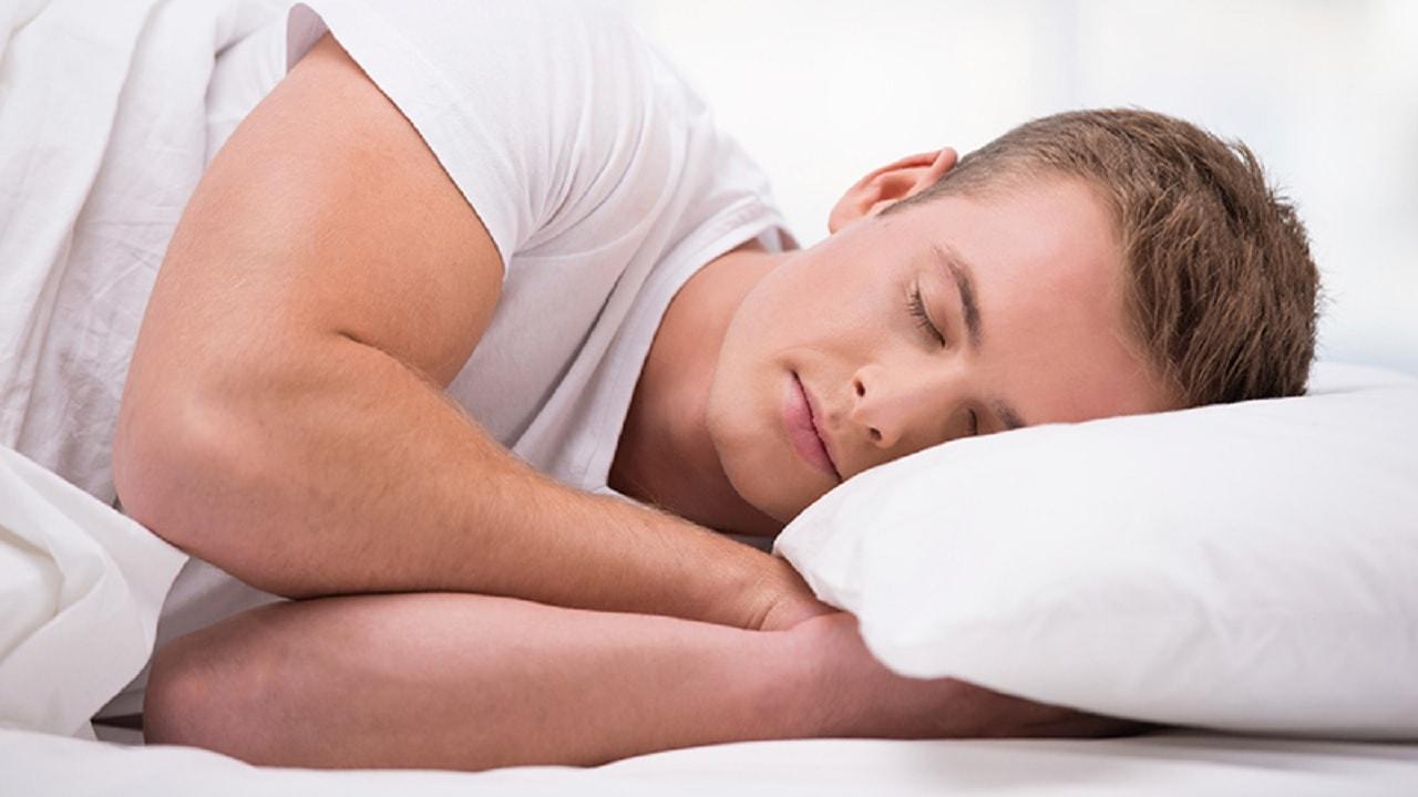 Antes los seres humanos dormían dos turnos: es hora de hacerlo de nuevo