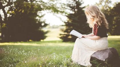 Estudio halla que las personas que creen en Dios son menos propensas que los ateos a deprimirse cuando están solas
