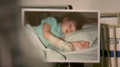 Doctores envían a una niña a casa para que muera, luego su madre dice una última oración desesperada y…