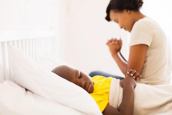 orando por tu hijo enfermo (2)